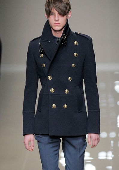 Burberry Military Peacoat f/w 2010 (I want to make this for myself ...