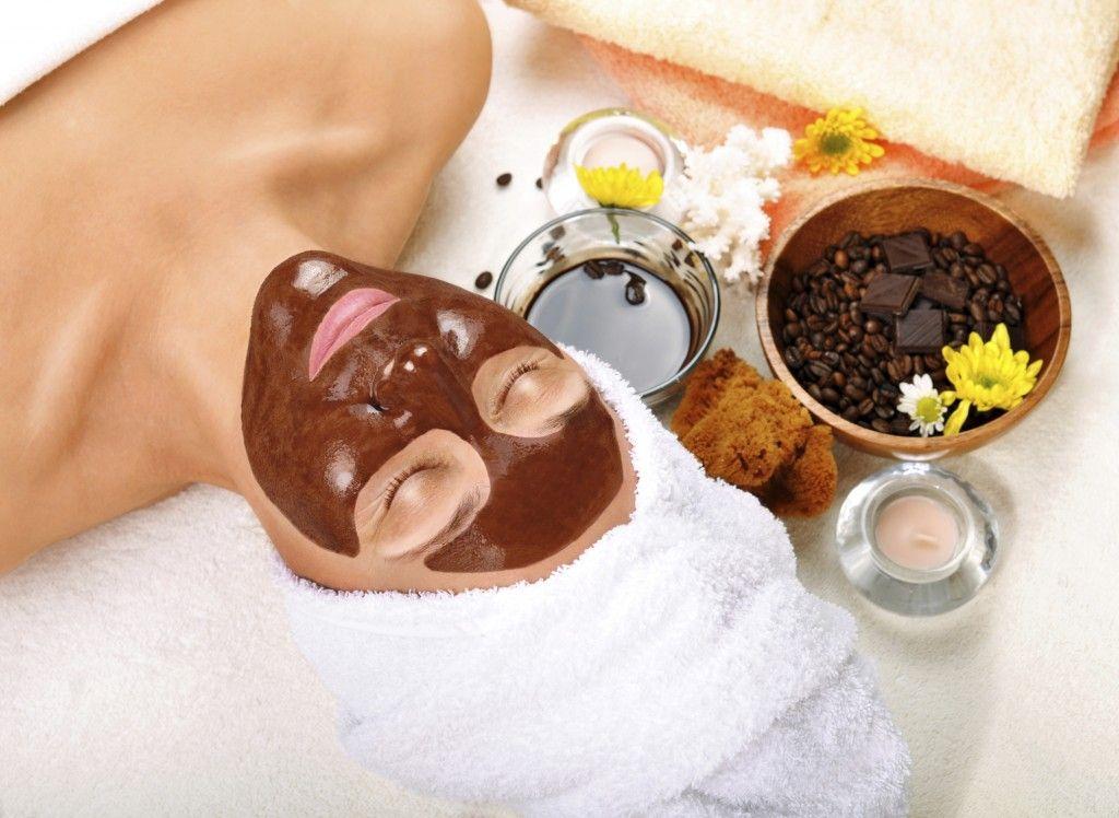Skin Savers: DIY Regimens For Glowing Skin / Beauty Buzz | jadabeauty.com | Jada Beauty