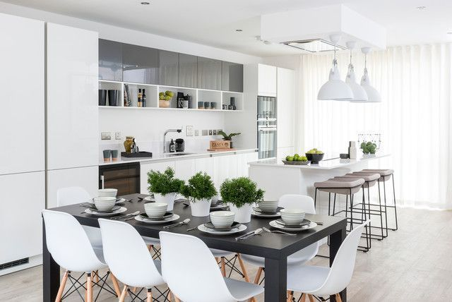 Tavolo da cucina bianco e sedie Set dolce centrotavola