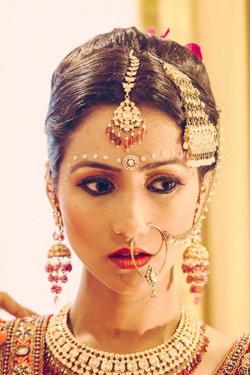 Indian Desi Wedding Jewelry Ideas Maang Tikka Forehead Bindi Jhoomar Nath