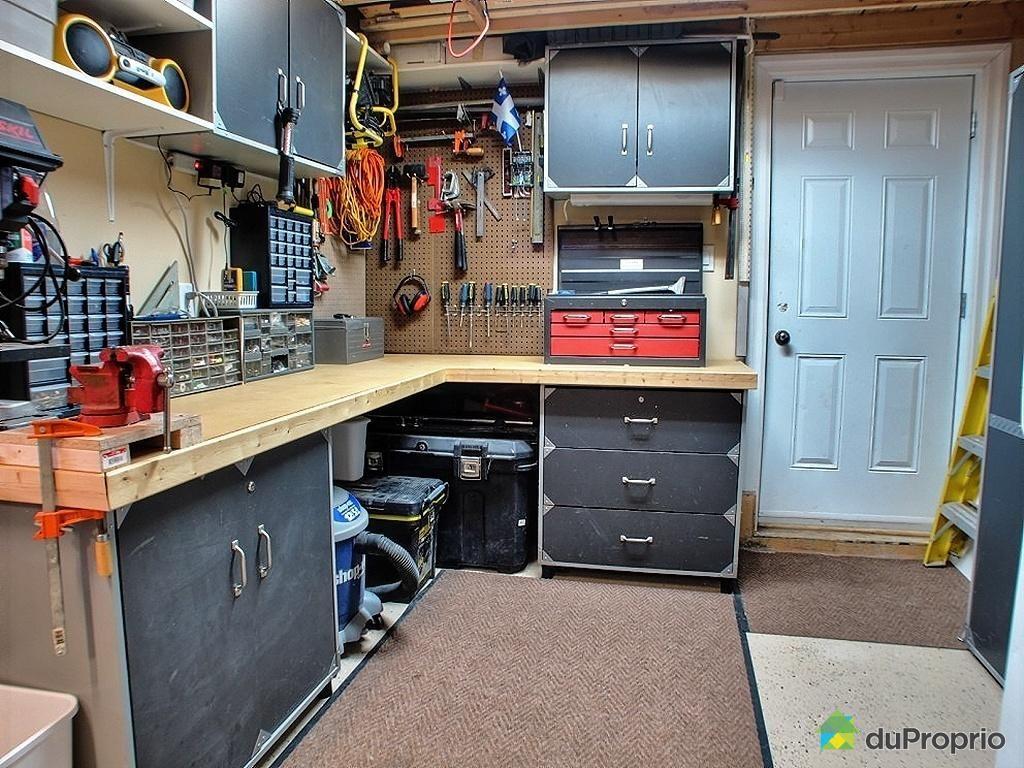 jetez un coup d oeil cette superbe propri t vendre ste julie. Black Bedroom Furniture Sets. Home Design Ideas