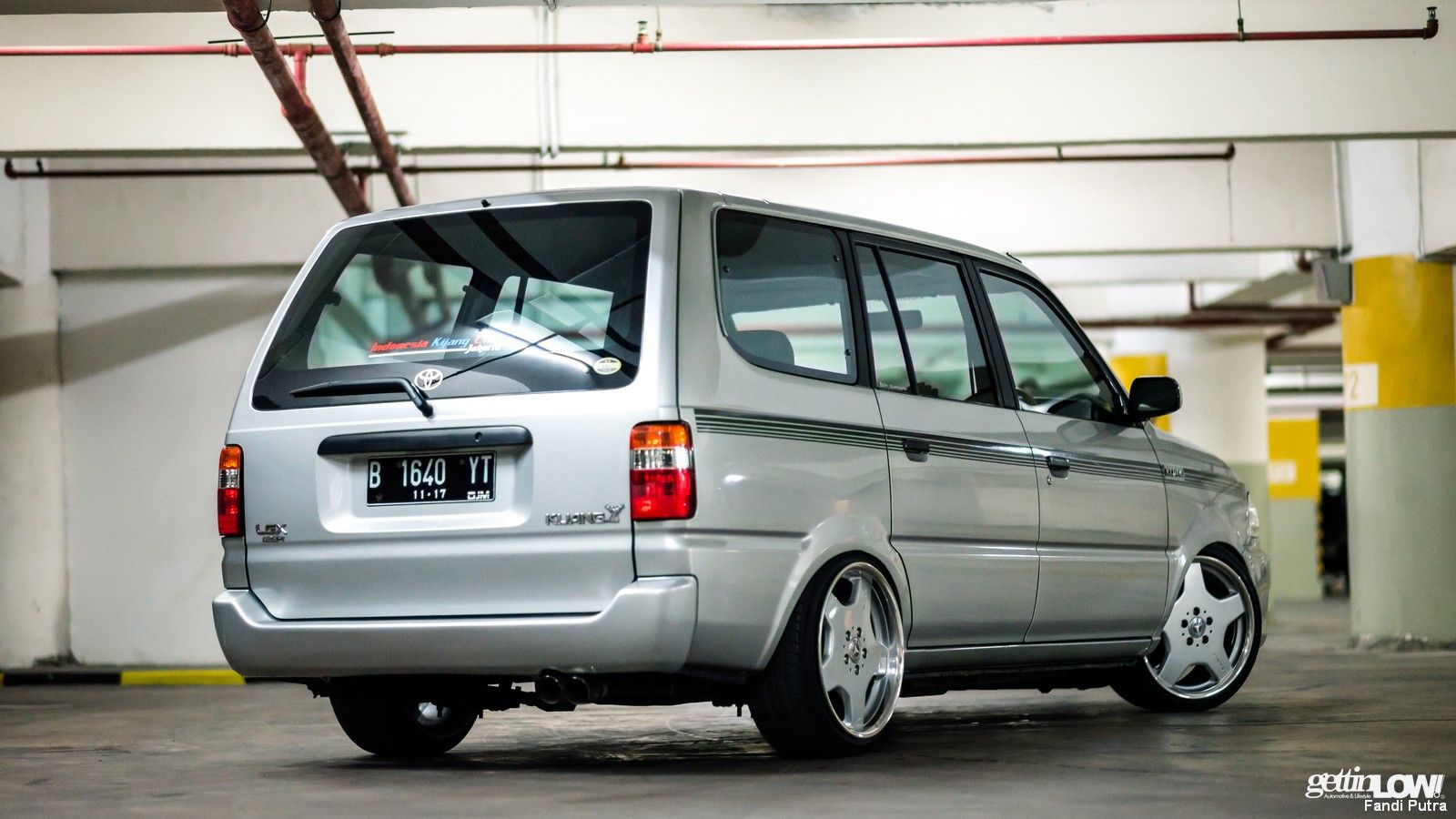 50+ Koleksi Modifikasi Toyota Kijang Grand Extra Long ...