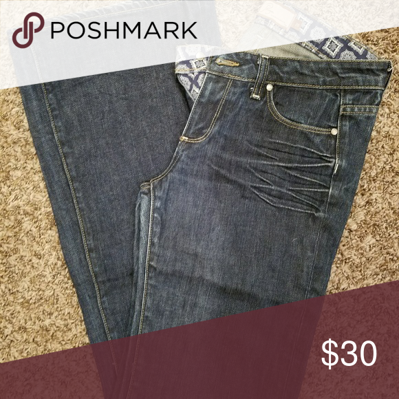 Paige Jeans Great condition. Slight fraying on bottom. Paige Jeans Jeans Flare & Wide Leg