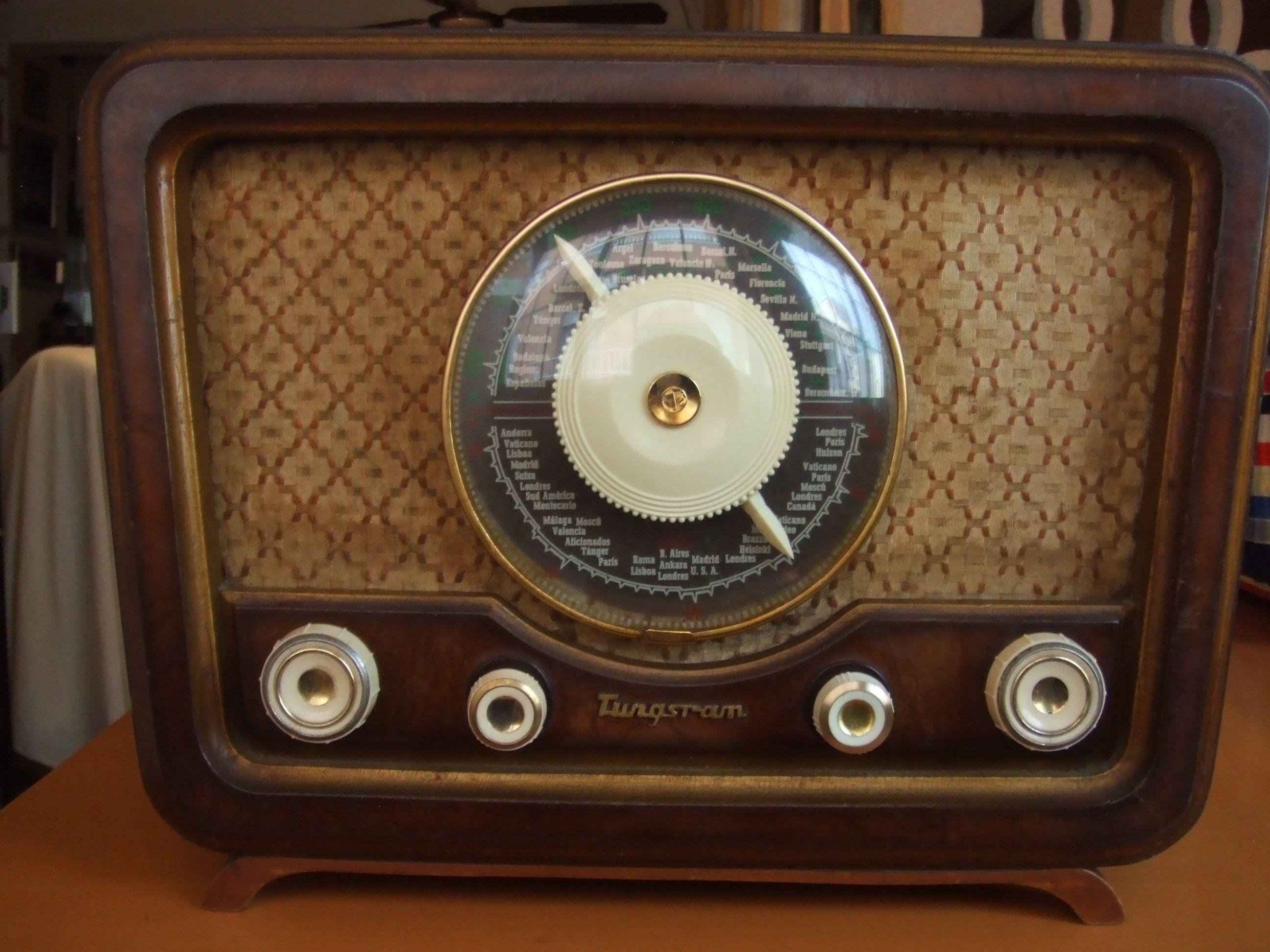 Tungsram T352 1944 Antique Radio Tube Radio Radio Pinterest
