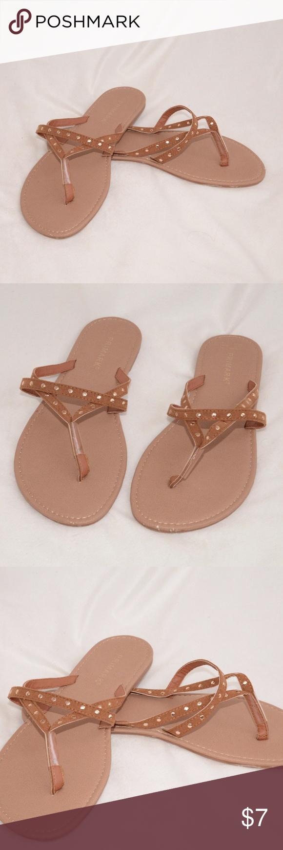 size 9 Primark flip flop sandals