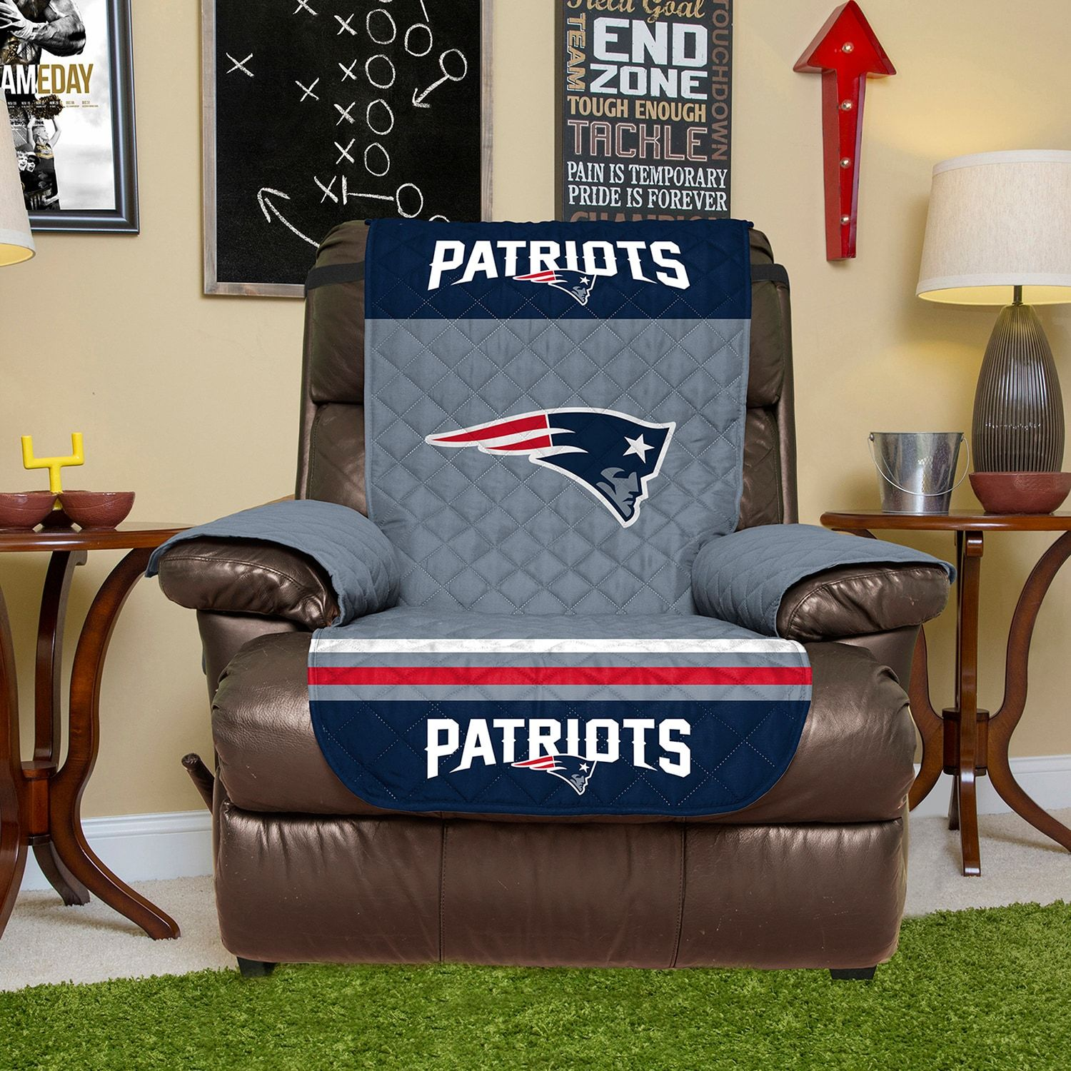 New EnglandPatriots Quilted Recliner Chair Cover Quilted