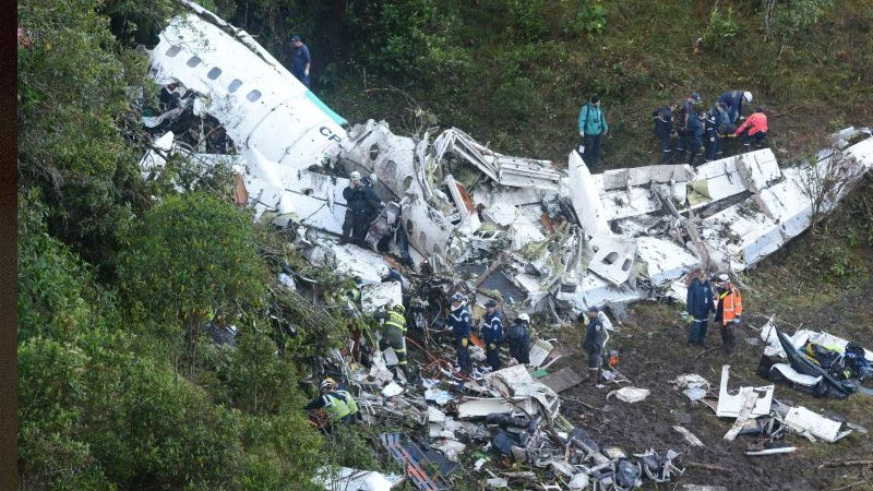 A plane carrying 81 people, including the squad of a top-flight Brazilian football team, has crashed in mountains – The Angut