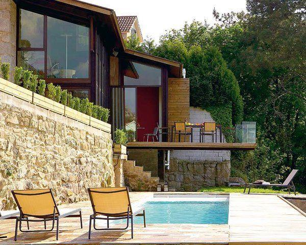 Casas rusticas a desnivel buscar con google casas for Jardines en desnivel