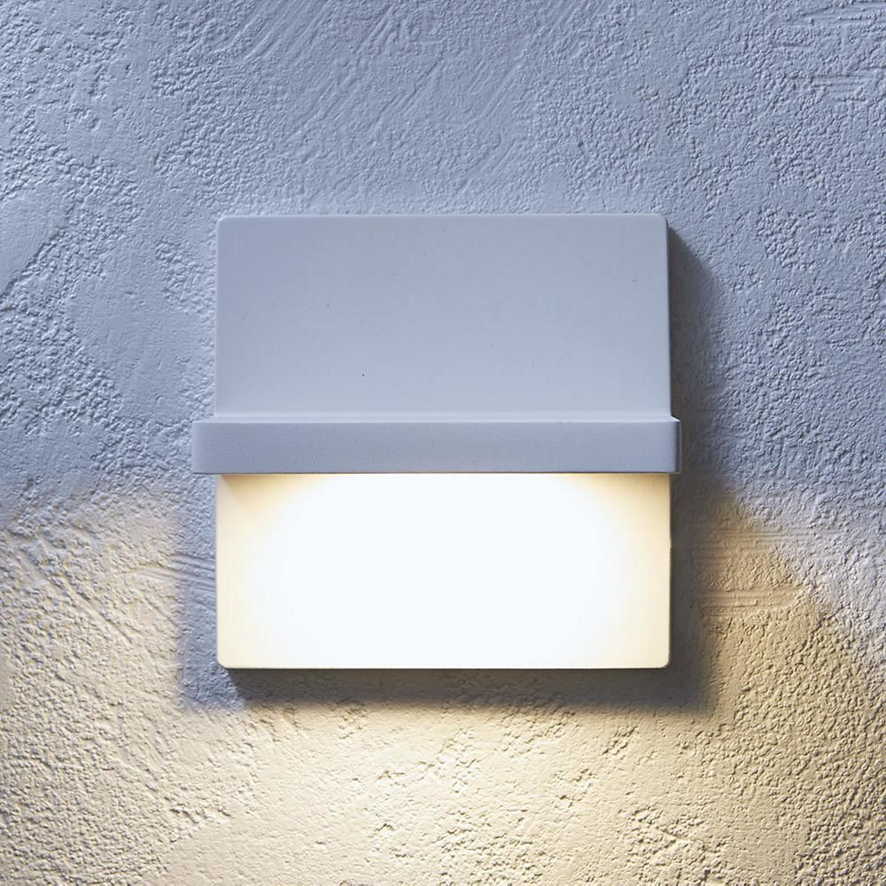 10 Ultra-Modern Outdoor Wall Sconces (With images ... on Ultra Modern Wall Sconces id=39345