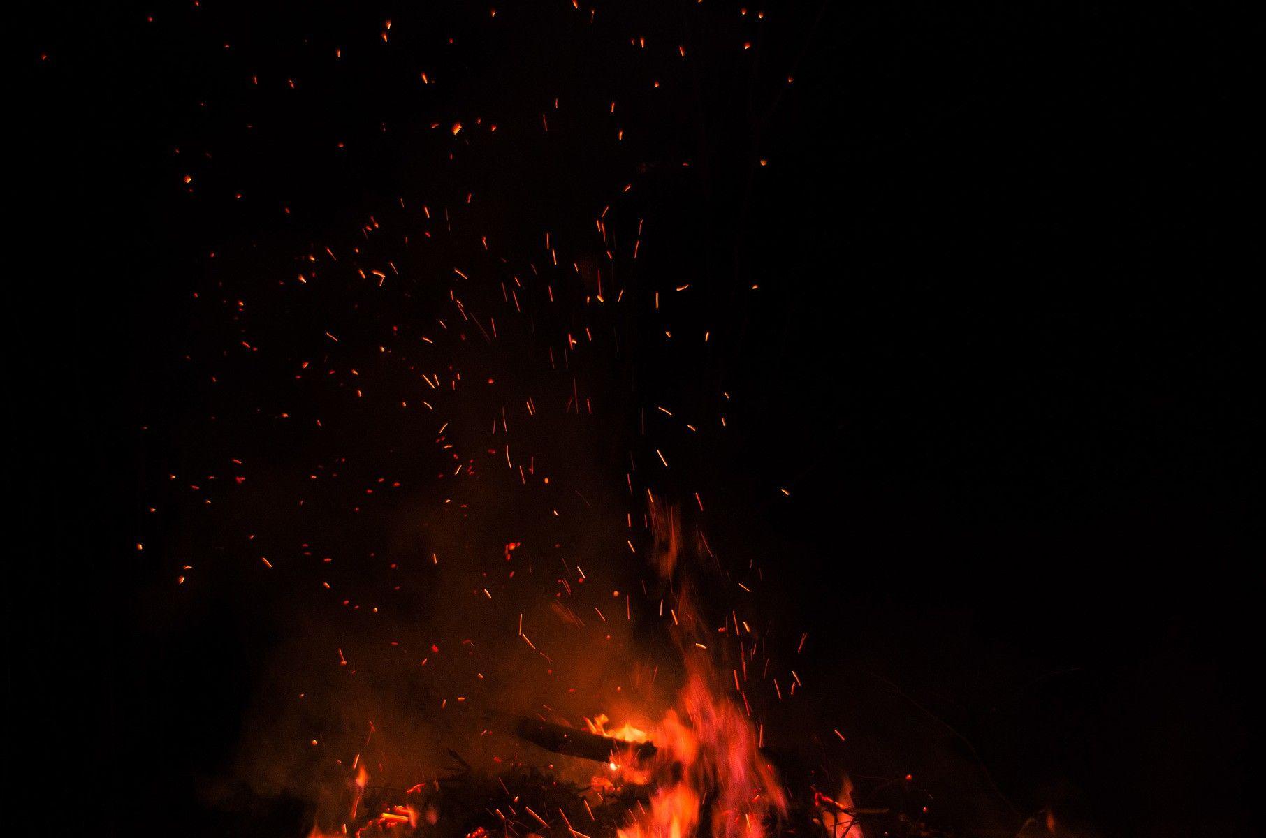 Fire Sparkles Fire Sparkles Raw Hot Lovelife Flammlachs Feuerfisch Feuerschale