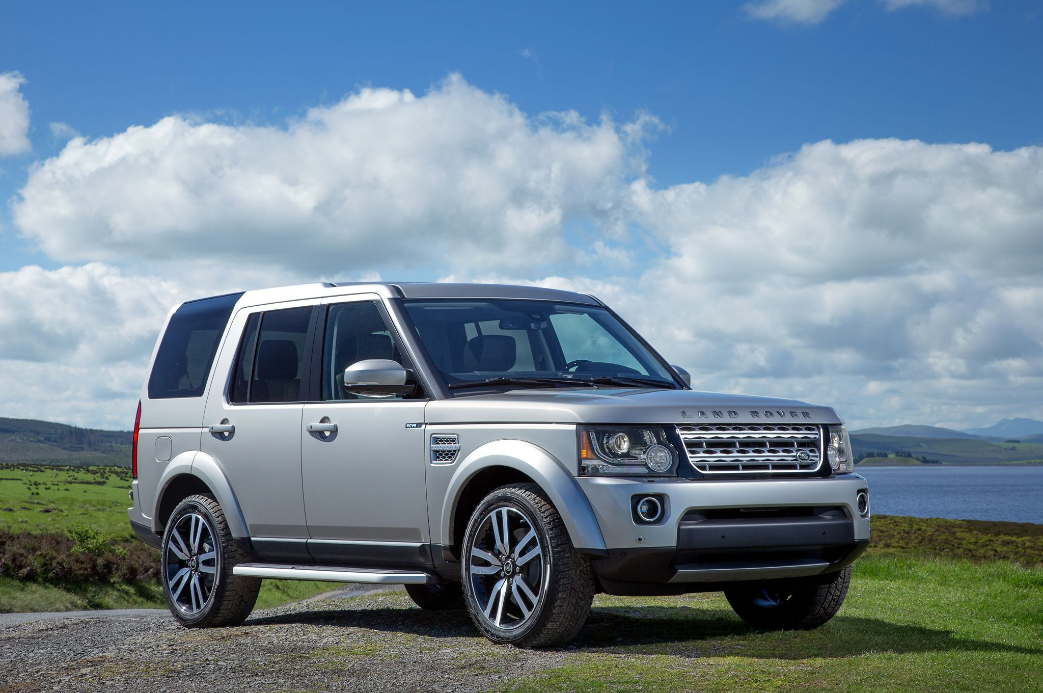 review landrover test sport expert drive land se of discovery lease wilson greg rover