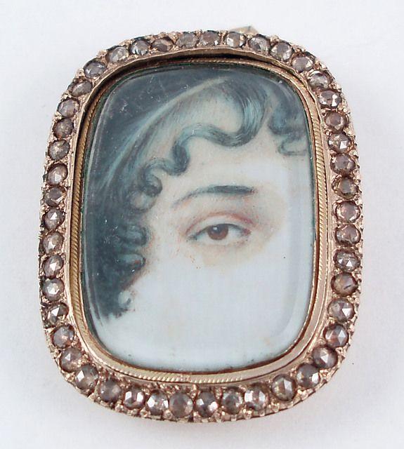 Eye miniature pendant locket Georgian Circa 1810-1820