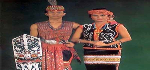 Pakaian Adat Kalimantan Barat | Pakaian, Budaya, Gambar
