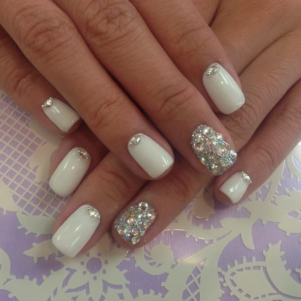 White Crystal Bling Nail Https Noahxnw Tumblr Com Post 160809286141 Natural Makeup Ideas Diamond Nails Bling Nails Bridal Nails