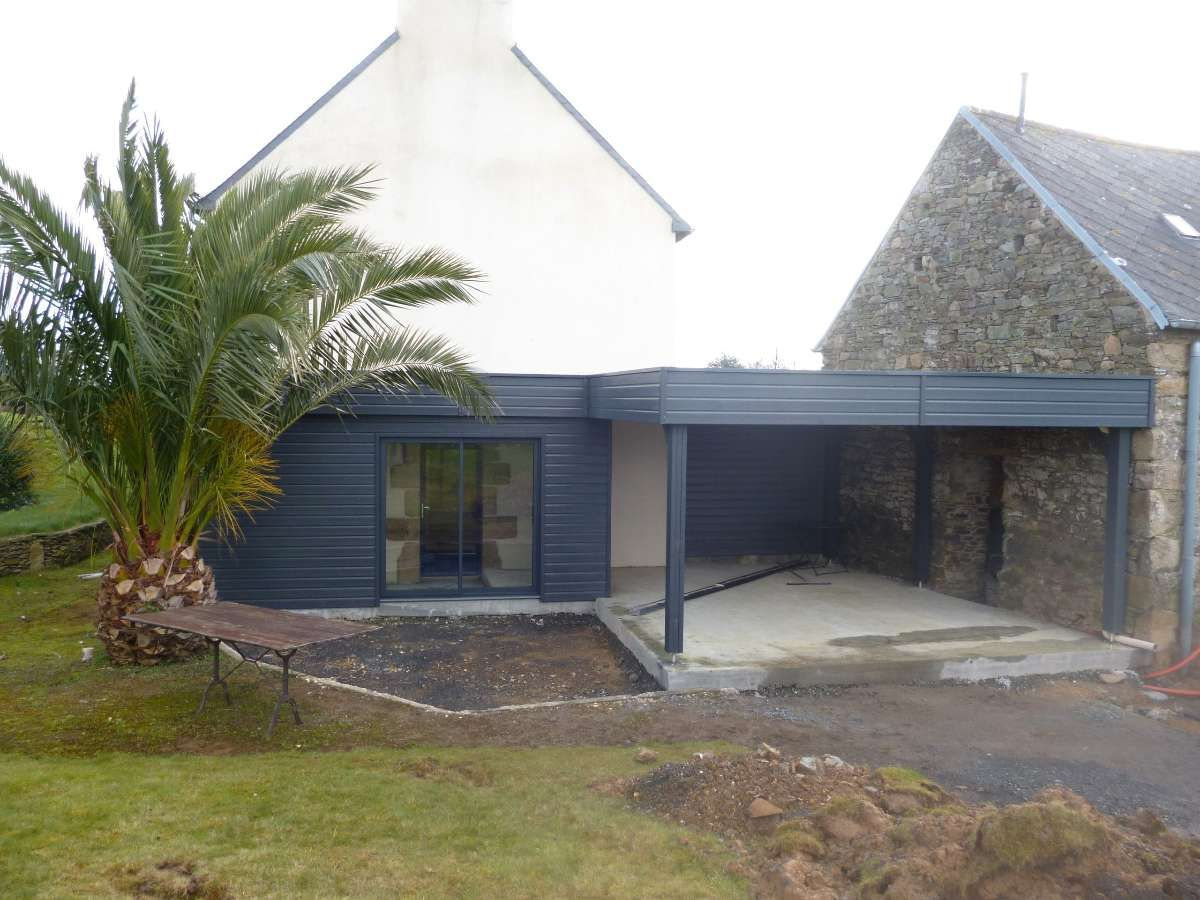 Pingl par alaure sur carport maison extension maison et agrandissement maison - Abri de jardin avec extension ...