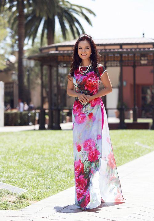 Hoa hậu Áo dài Việt Nam đầu tiên vẫn quyến rũ