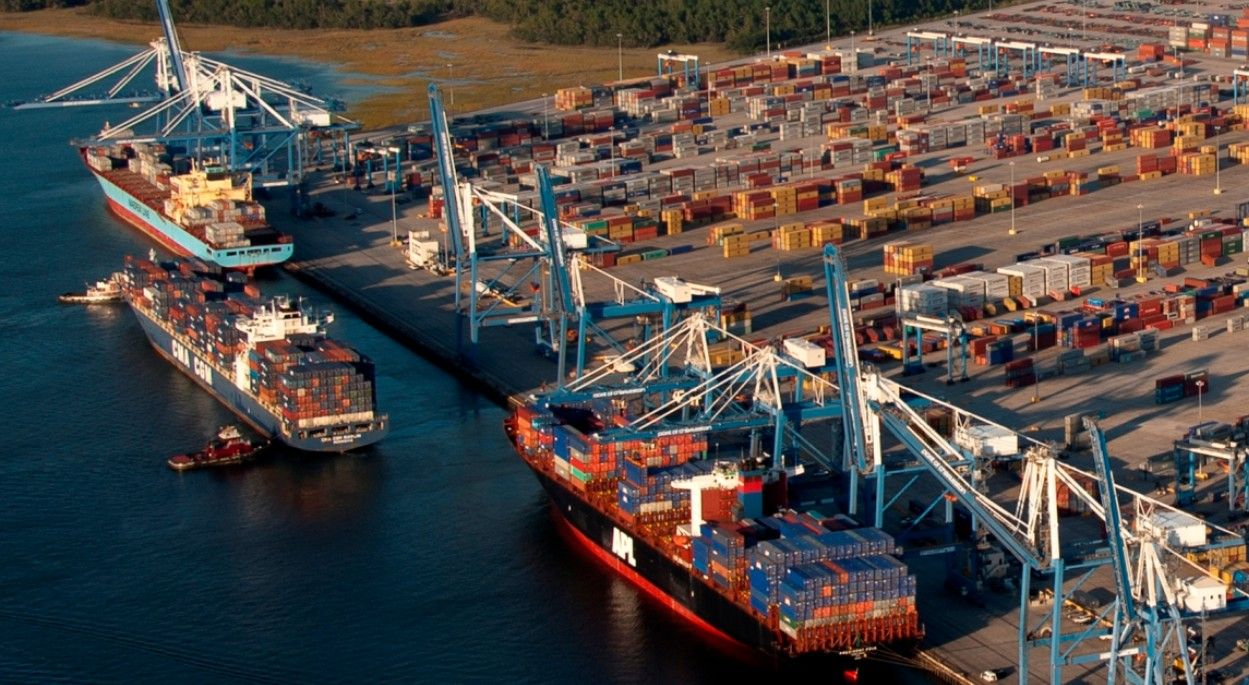 Pin by ZY Cai on Ports Cargo shipping, Port, Canal