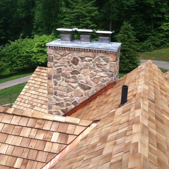 Custom Lead Coated Copper Chimney Caps New Western Red Cedar Shingle Roof 7 8 Taper Sawn Jumbos Cedar Shingle Roof Cedar Roof Roofing