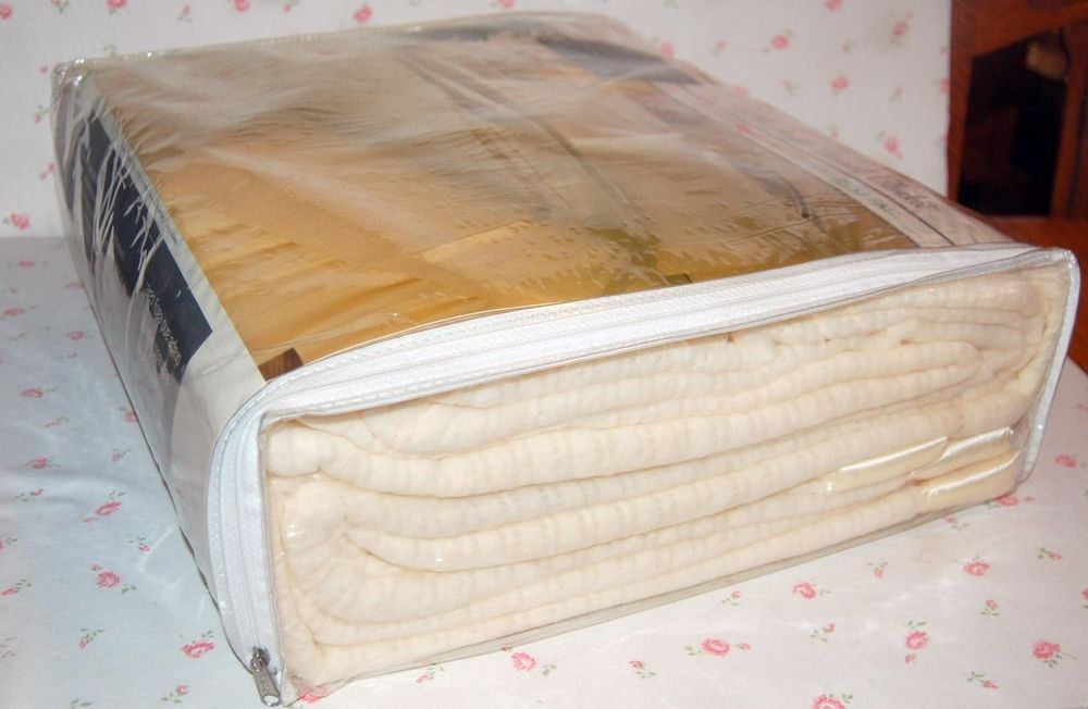 New Vintage Penneys Acrylic Thermal Weave Ivory Blanket