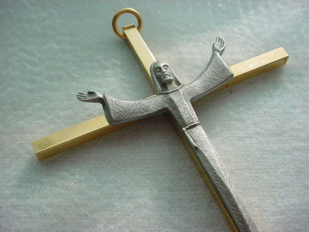 Vintage Solid Brass Wall Crucifix 7 inch Catholic w Pewter Christ Modernist