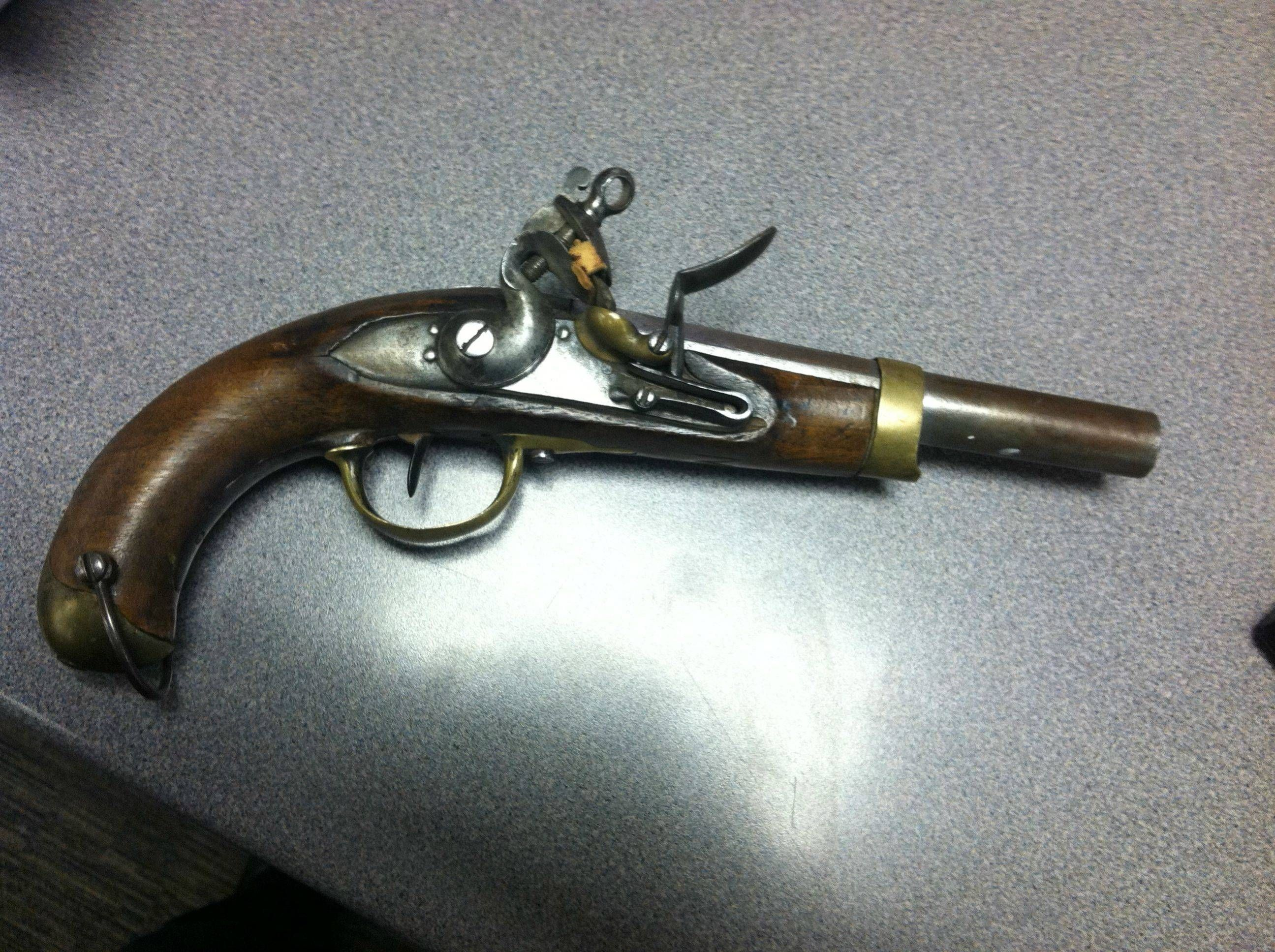 1842 Flintlock pistol
