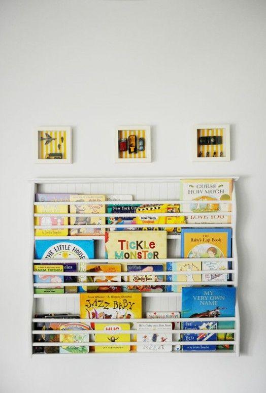 Coole Ideen Für Die Organisation Von Kinderbüchereien   Weiße Bücherregale