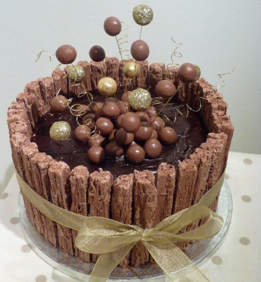 Chocolate Flake Cake on Cake Central | Chocolate cake ...