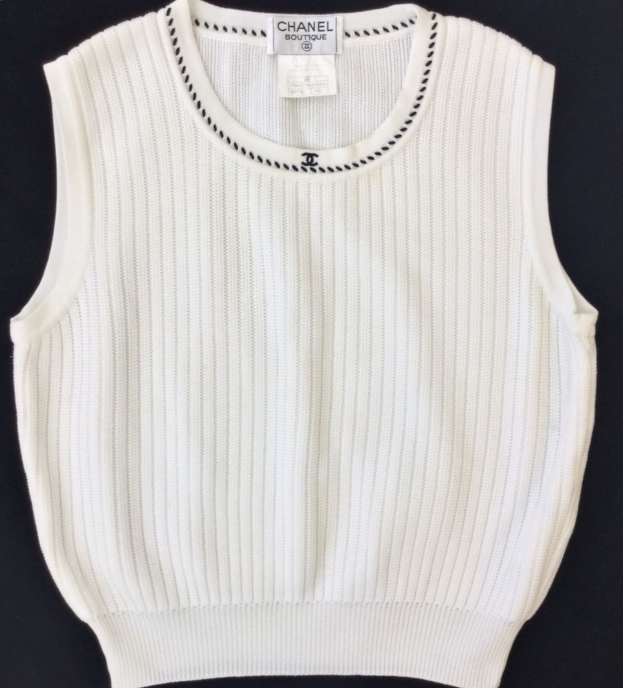 814313db34 Vintage Chanel Boutique CC Logo White Ribbed Sleeveless Knit Top Sweater 42