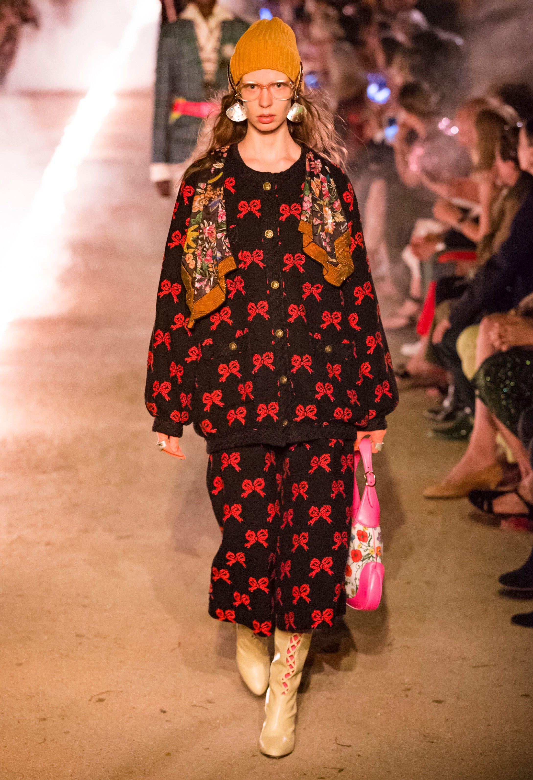 87b4aac18310 Catwalk Fashion, Vogue Fashion, Fashion Brand, High Fashion, Womens Fashion,  Ladies
