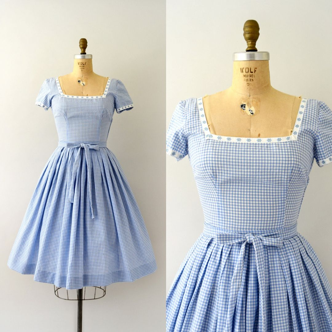 SOLD SOLD Vintage 1950s dress, light blue gingham cotton with daisy trim, fitted bodice, short sleeves, full skirt, self tie belt,… #vintagefashion1950s