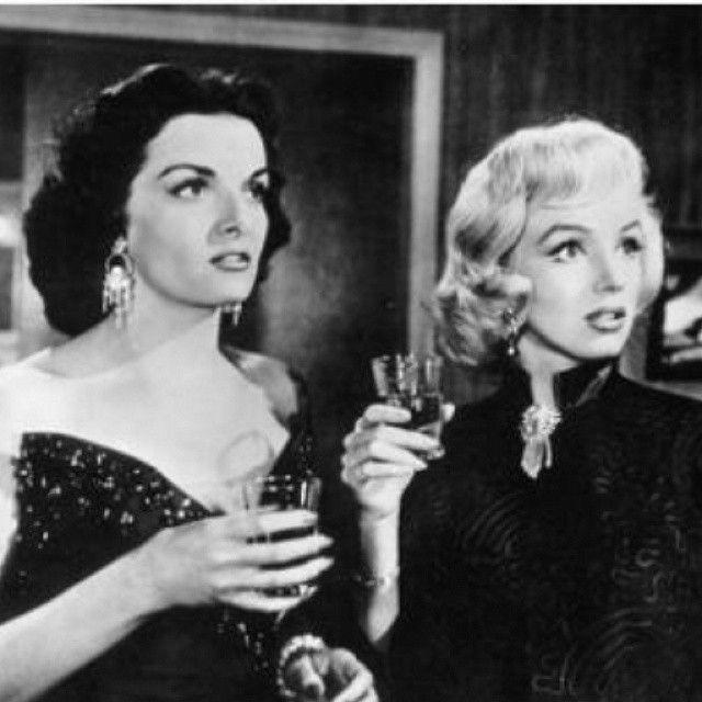 Marilyn and Jane Russel during the filming of Gentlemen Prefer Blondes, 1953 #MarilynMonroe #NormaJeane