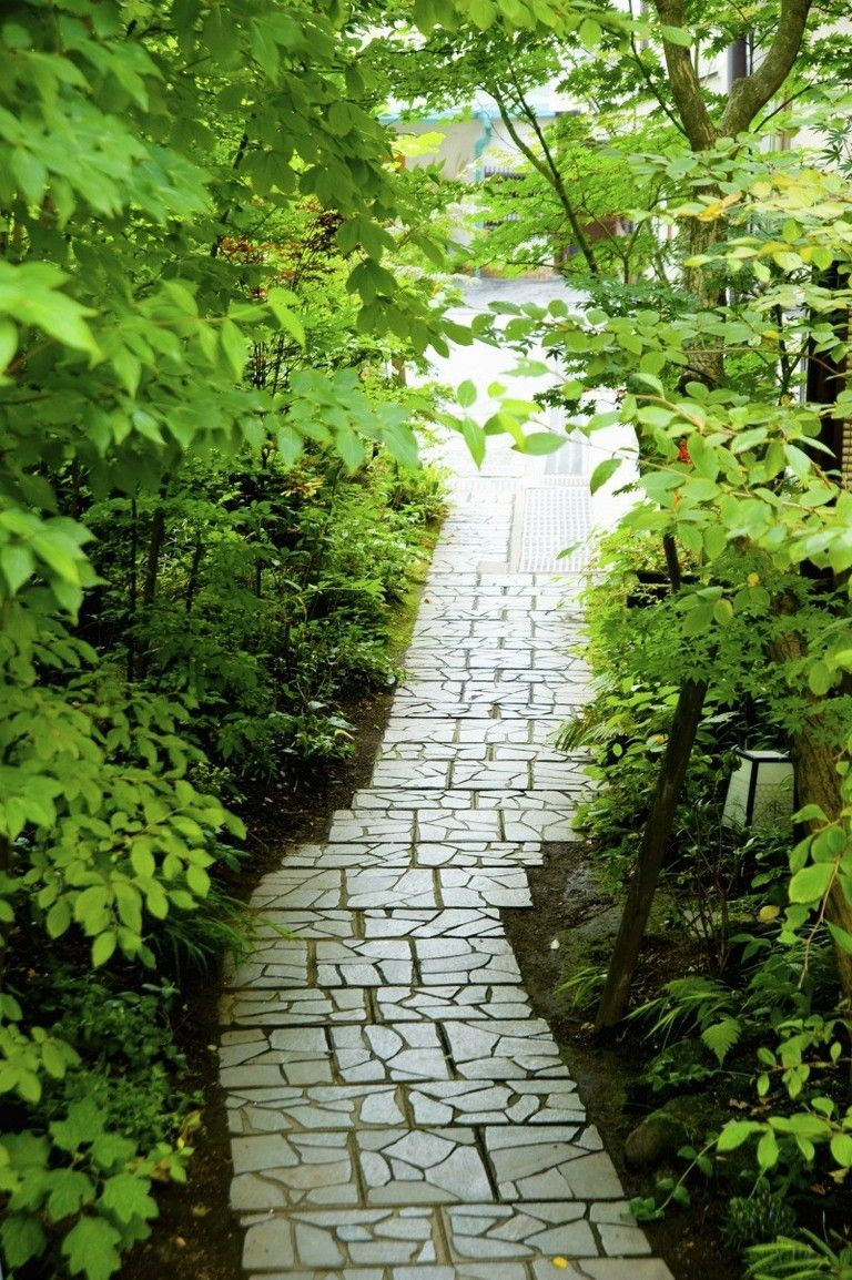 35 Exciting Garden Pathways (With images) Garden pathway