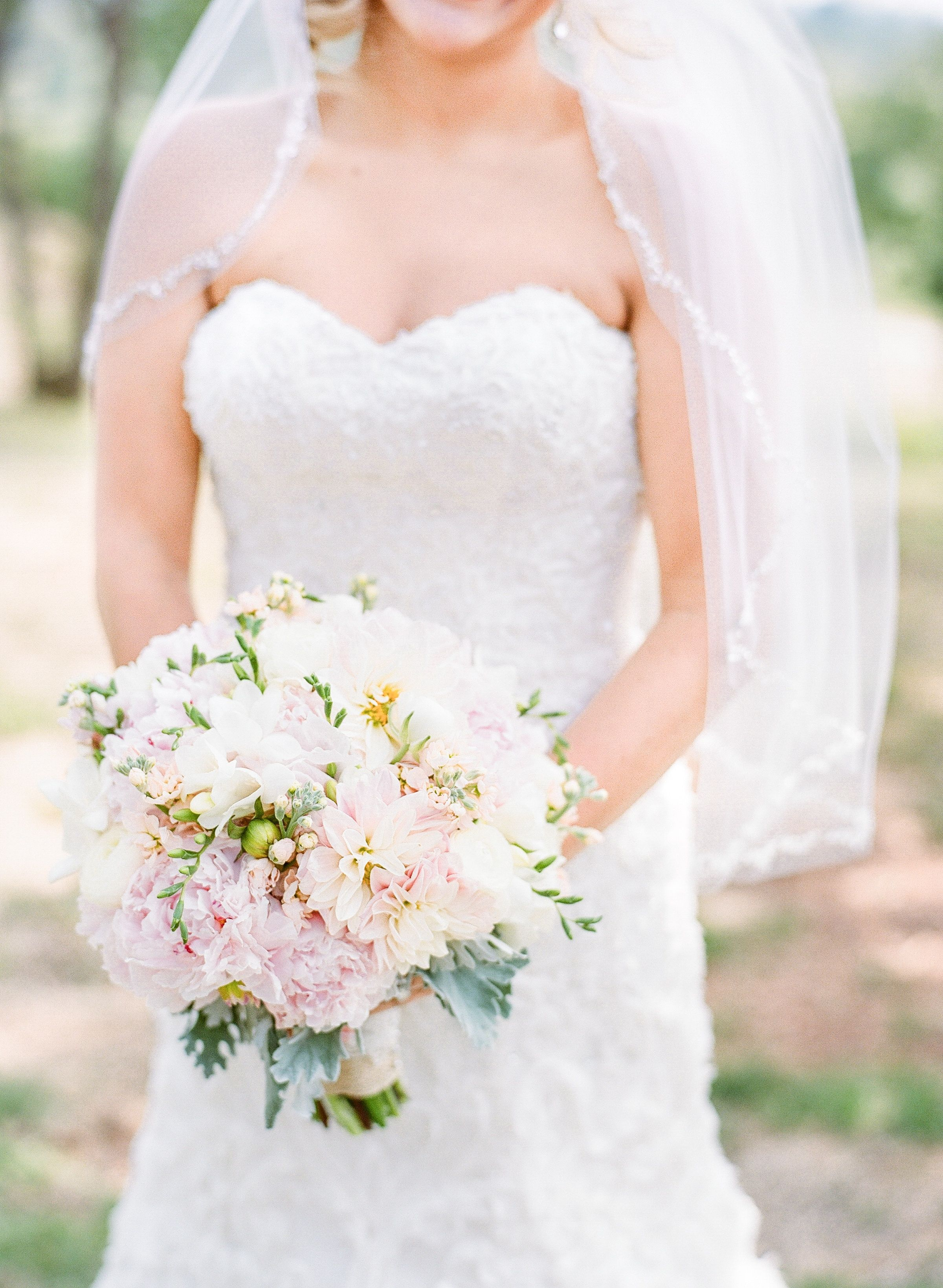 Ivory and Pale Pink bridal bouquet in Houston, Texas. Luke