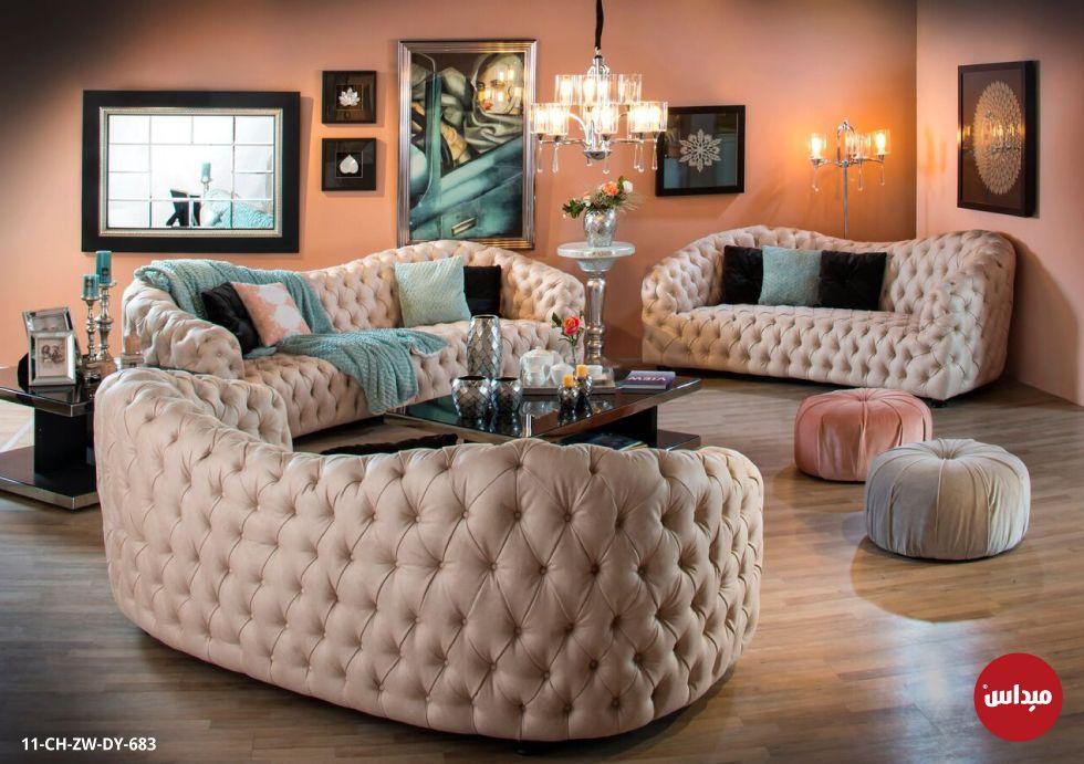 للمساحات الكبيرة كنب غرفة الجلوس المنجد بالقماش الناعم خصصت لتلائم اصحاب الذوق الرفيع House Interior Furniture Home