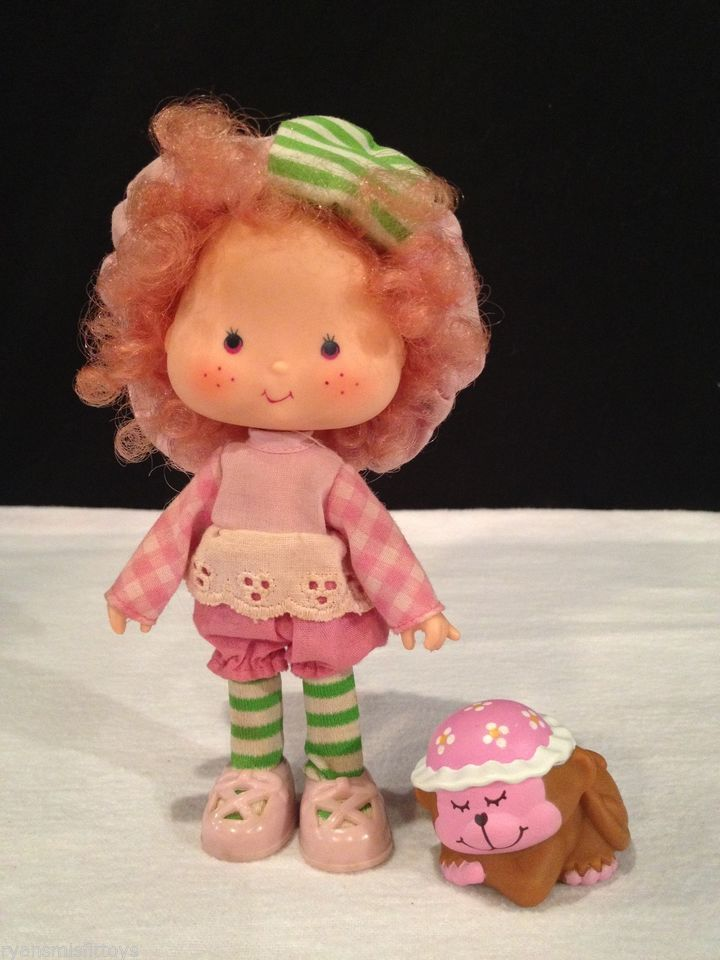 Vintage Strawberry Shortcake Doll Raspberry Tarte Torte tart hat shoes friend