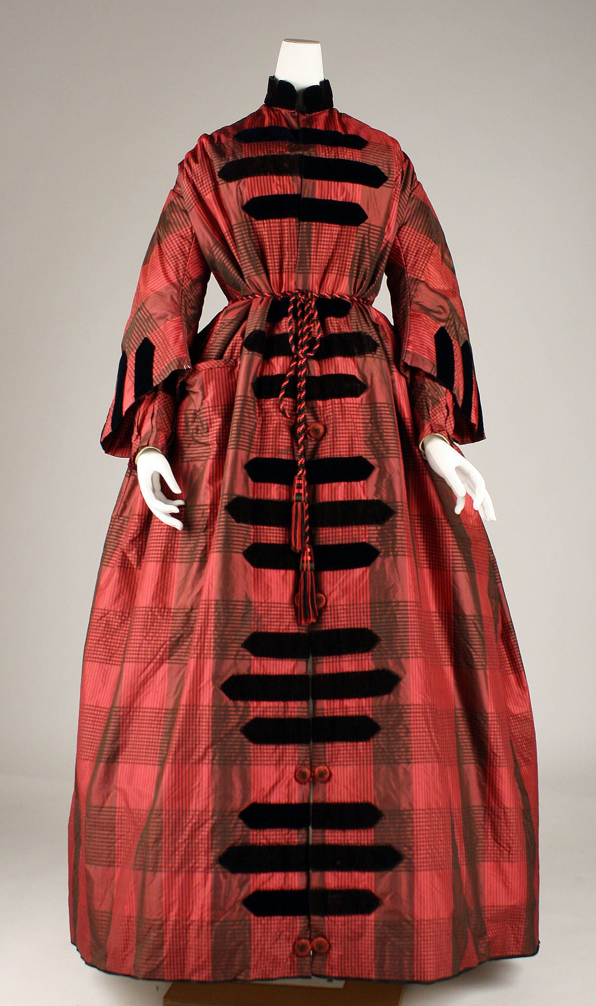 Mid-1850s, America - Dressing gown   1850s - Women's ...