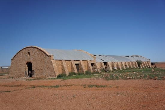 The Cordillo Woolshed Which Is Australia S Largest Woolshed On The Vast Cordillo Downs Station Was Built In 1883 Out Of Outback Australia Australia