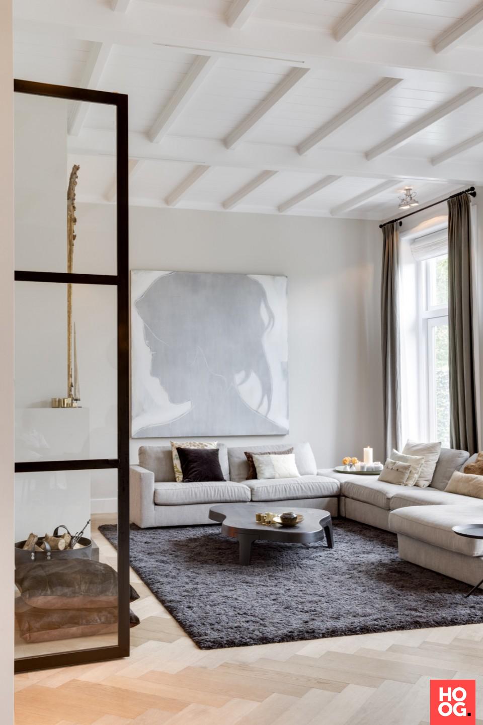 Luxe zitbank in woonkamer inrichting - woonkamer | Pinterest - Luxe ...