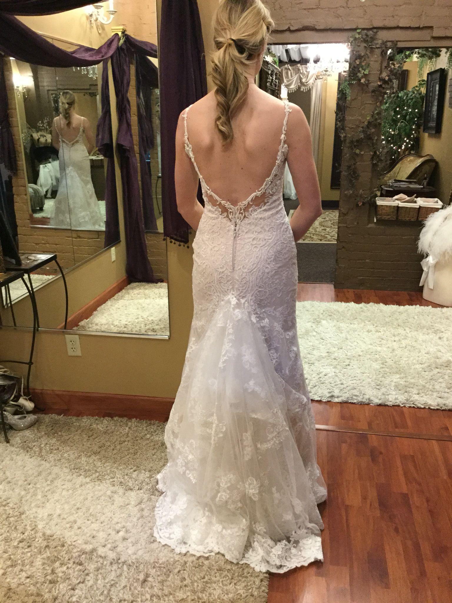Split layer American bustle | Wedding Gown Bustle Styles