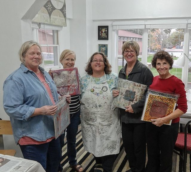 Photo by annebagby, via Flickr/. Sherrie stahl, artist second from right, class on precision collage