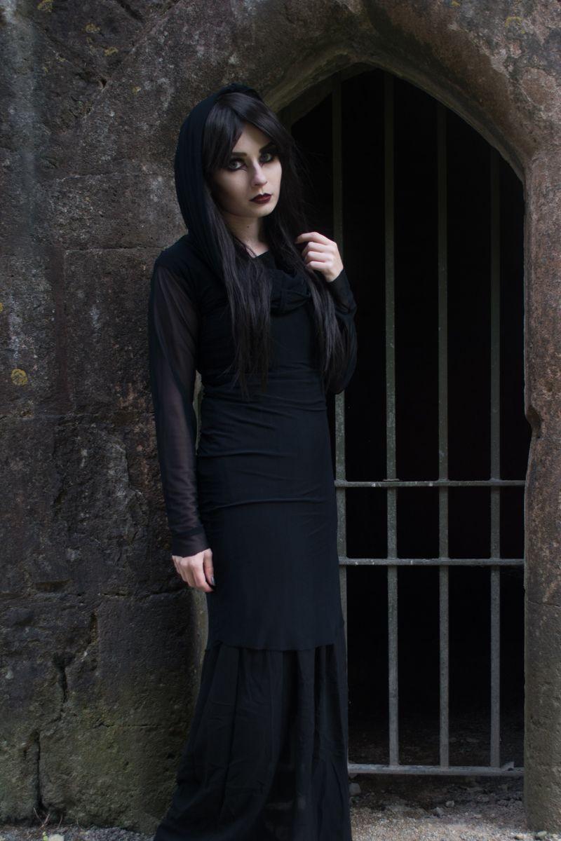 Vampire halloween look pinterest ootd and hooded dress