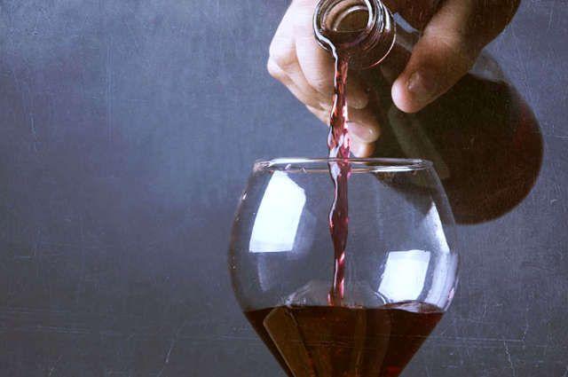 Tache de vin rouge sur robe
