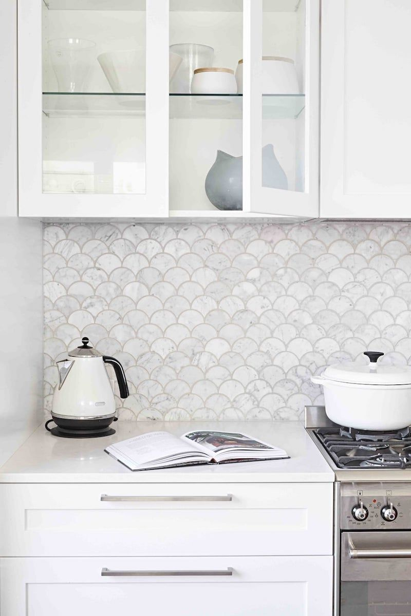 White Fishscale Marble Backsplash Kitchen Via Sally Rhys Jones Kitchen Tiles  Design, Contemporary Kitchen