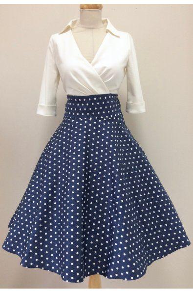87a368c21fb4 Košilové šaty Margaret s puntíkatou sukní šaty mají skládaný živůtek a  košilový límeček 3 4 rukáv s manžetkou a knoflíčkem (barvu knoflíčku si  můžete ...