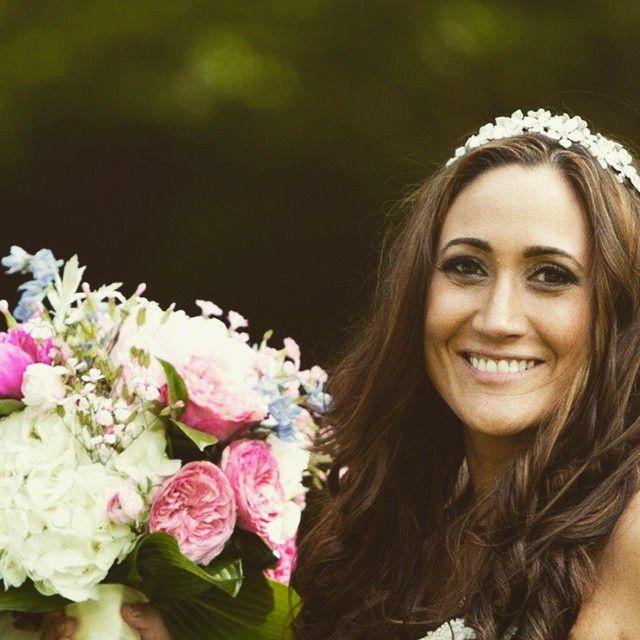 Congratulations to Allie, my beautiful Kleinfeld bride who wore the Sonoma crown on her big day.  So gorgeous!  @kleinfeldbridal #bridesofinstagram #brides #bridalheadpiece #wedding #kleinfeld #sayyestotheheaddress
