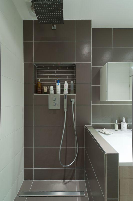 salle de bains couloir par l 39 architecte d 39 interieur. Black Bedroom Furniture Sets. Home Design Ideas