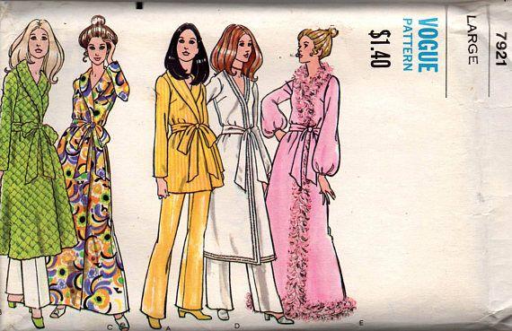 7319821de0 Vogue 7921 Womens Robe Dressing Gown Retro Sleepwear 70s