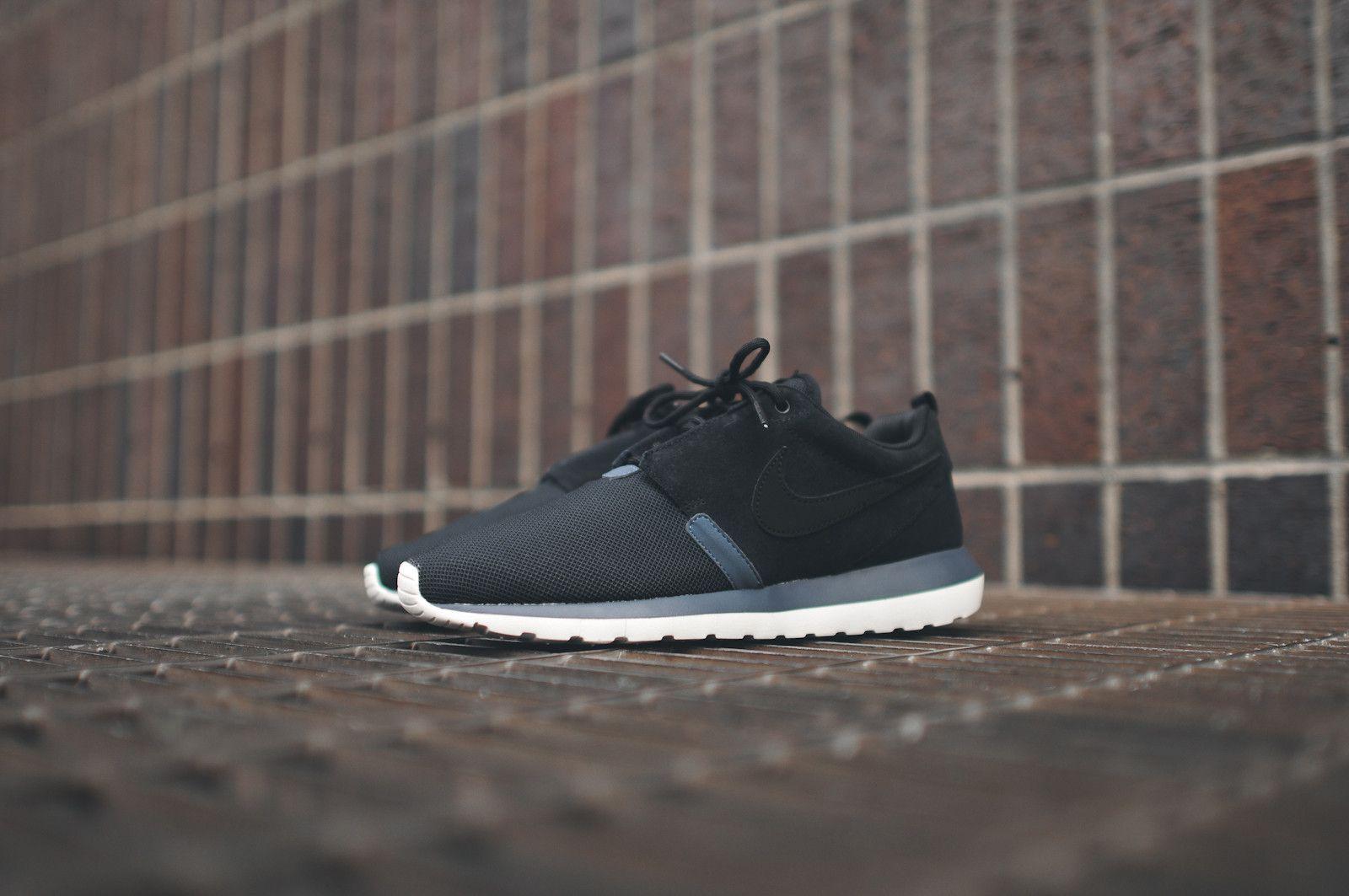 Nike Run Roshe (gris Foncé Aimant / Corail / Noir)