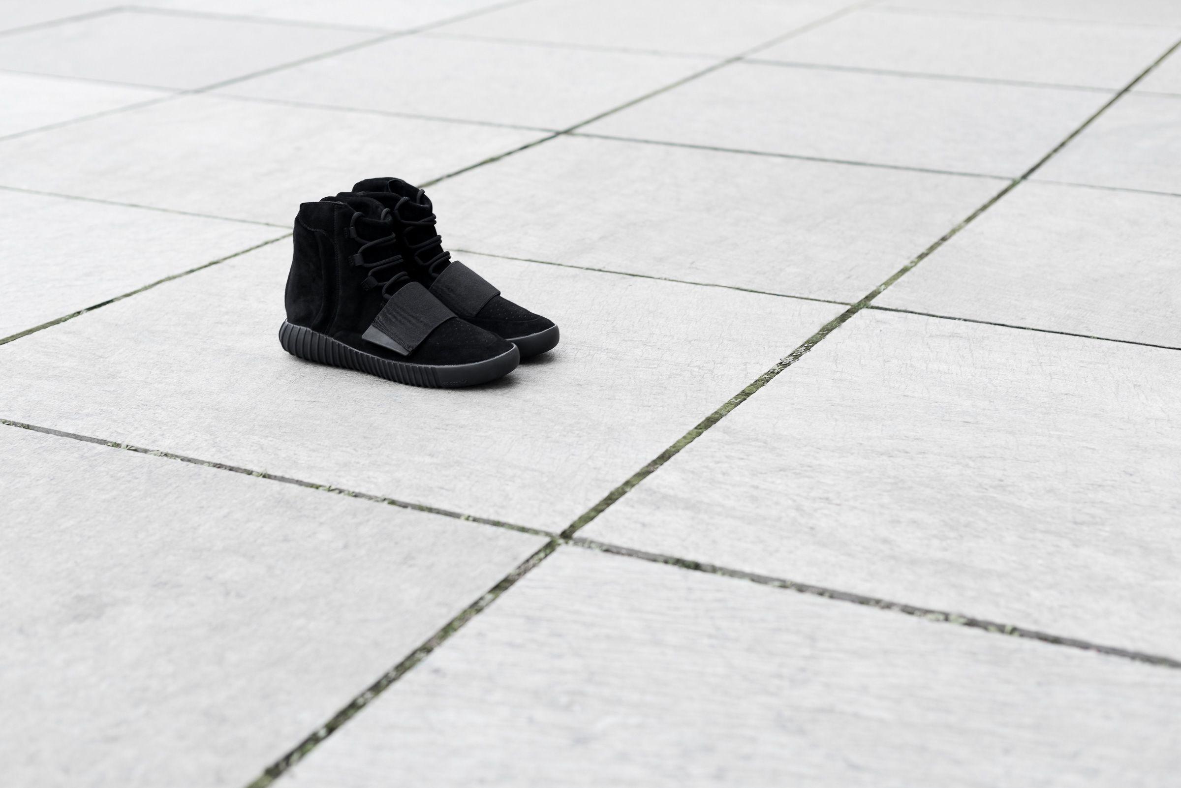 Bb1839 adidas yeezy 750 impulso nero rilascio infos 4