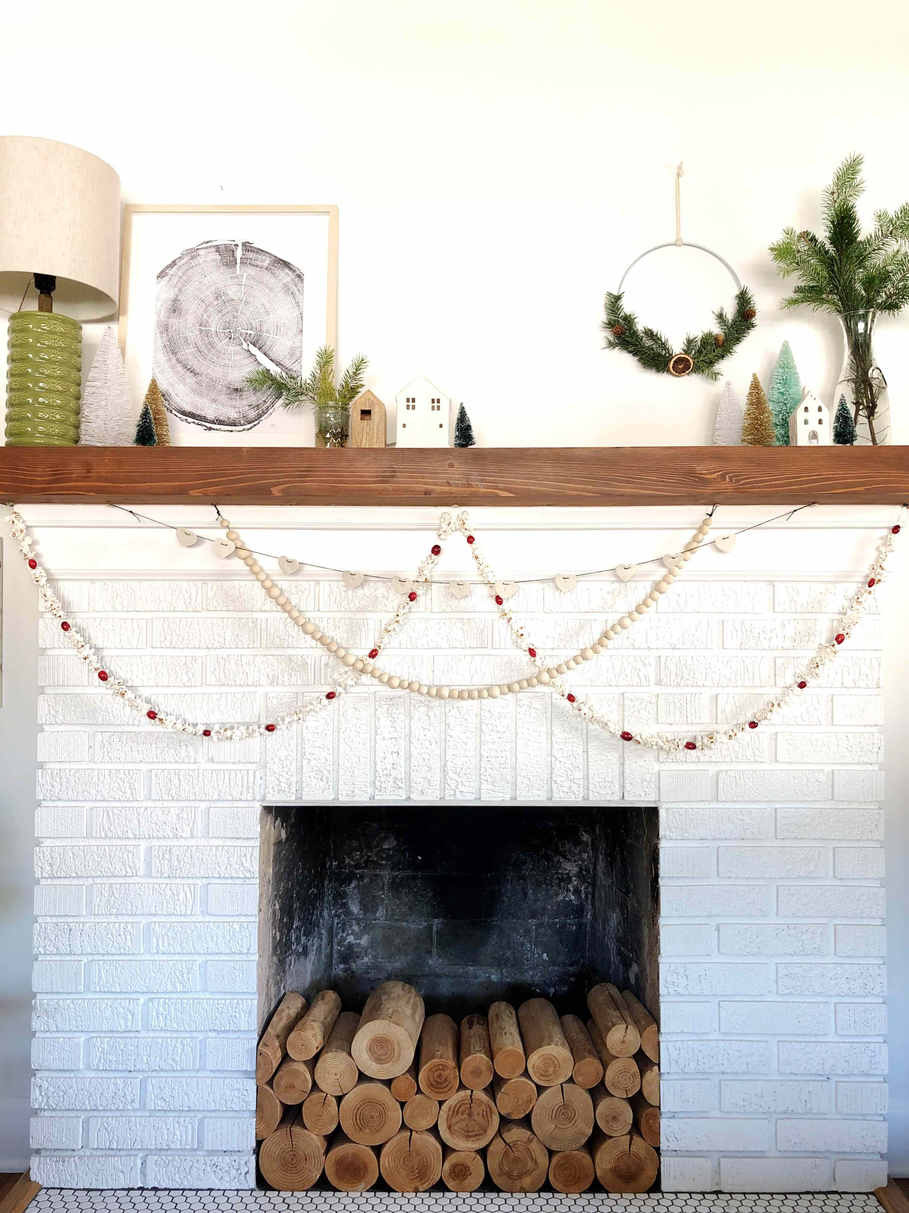 Three Simple, Quick and Inexpensive DIY Christmas Garlands ...